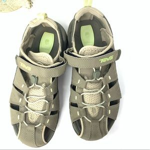 TEVA Dozer III Hiking Shoes Sandals Shocpad